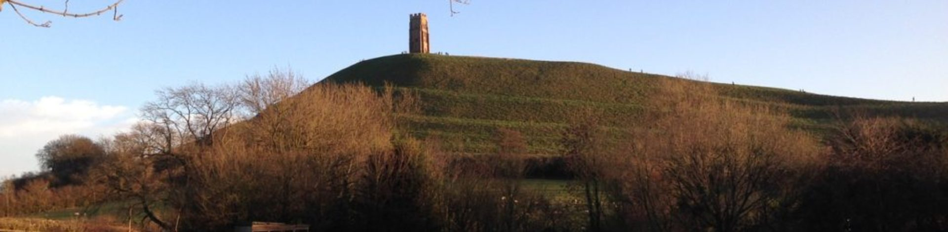glastonbury-tor-1235484_1280